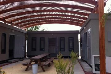 מבנים יבילים – פינוי, הכשרת שטח ובניית אתר מושלם. משרד החקלאות, בית דגן.