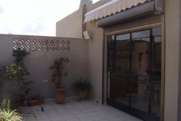 יחידות דיור – בניית קומת מגורים על גג בניין קיים. רמת גן.